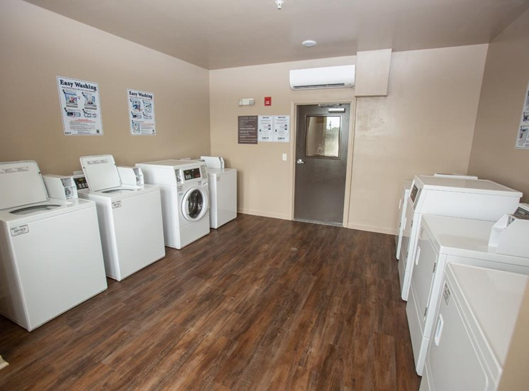Community Laundry at Legacy at Walton Green, Augusta, GA