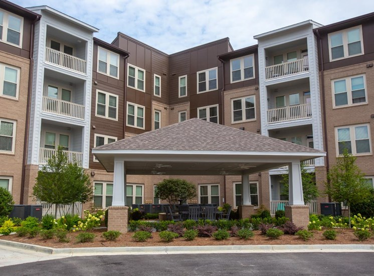 Beautiful Courtyard at Legacy at Walton Green, Augusta, GA