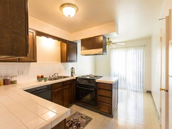 7885 -7895 West 12th Ave 2 Beds Apartment for Rent Photo Gallery 1