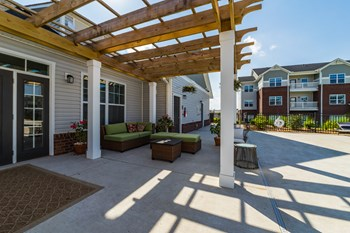 5001 Assembly View Circle 1-3 Beds Apartment for Rent Photo Gallery 1