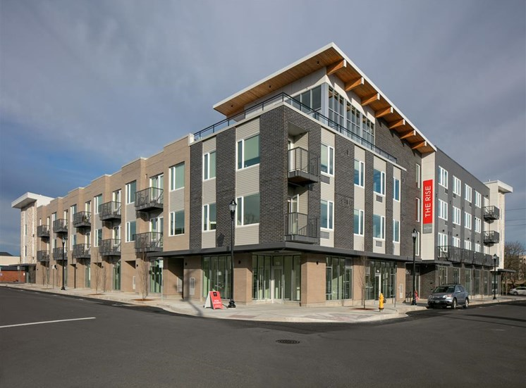 2,400 Sq. Ft. of Onsite Retail at The Rise Old Town, Beaverton, OR
