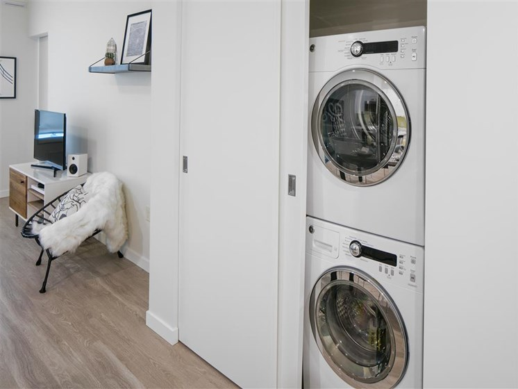 Washers/Dryers Available at The Rise Old Town, Oregon, 97005