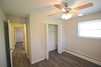 4138 Fisher Street 1-2 Beds Apartment for Rent Photo Gallery 1