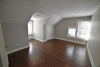 3726 Washington 2 Beds Apartment for Rent Photo Gallery 1