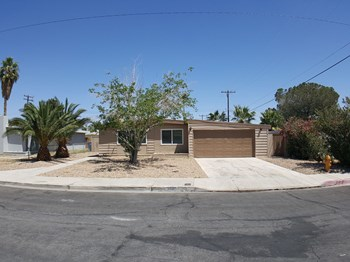 332 Wisteria Avenue 3 Beds House for Rent Photo Gallery 1