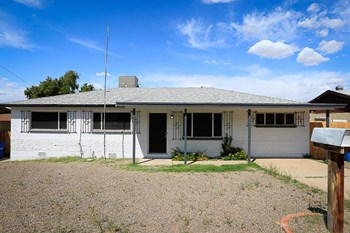 1108 E Orchid Ln 3 Beds House for Rent Photo Gallery 1