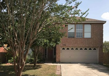 7306 BALLINGER 4 Beds House for Rent Photo Gallery 1
