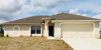 847 Newell Street East 4 Beds House for Rent Photo Gallery 1