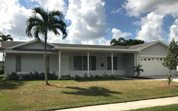 4380 NW 4 Court 3 Beds House for Rent Photo Gallery 1