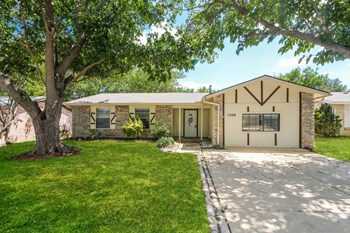1506 Winderemere Drive 3 Beds House for Rent Photo Gallery 1