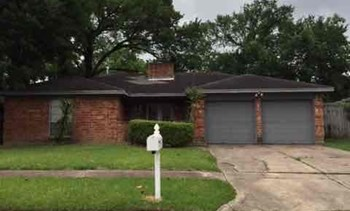 13706 Oleoke Ln 3 Beds House for Rent Photo Gallery 1
