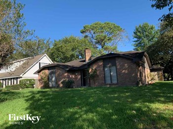 14531 Duncannon Dr 3 Beds House for Rent Photo Gallery 1
