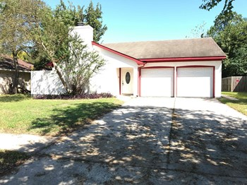 7218 WINDING TRACE DR 4 Beds House for Rent Photo Gallery 1