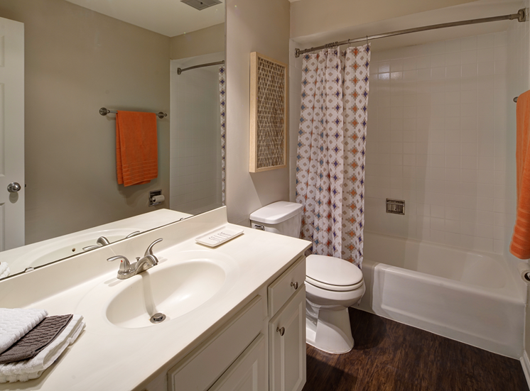 Oversized Soaking Tubs at Carol Stream Crossing, 535 Thornhill Drive, Illinois