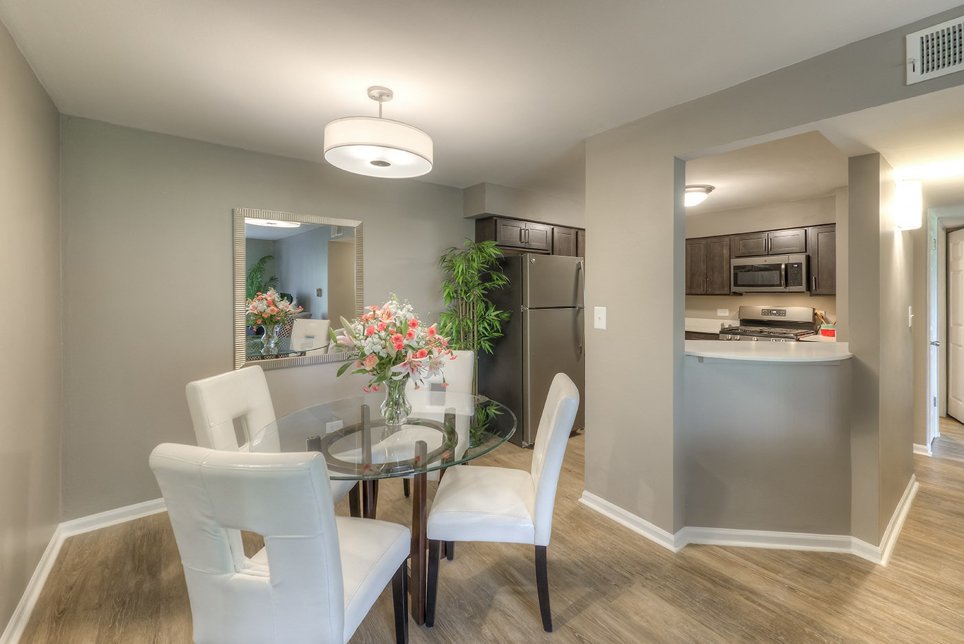Eat-in Kitchen With Pantry, at Carol Stream CrossILg, Carol Stream, IL