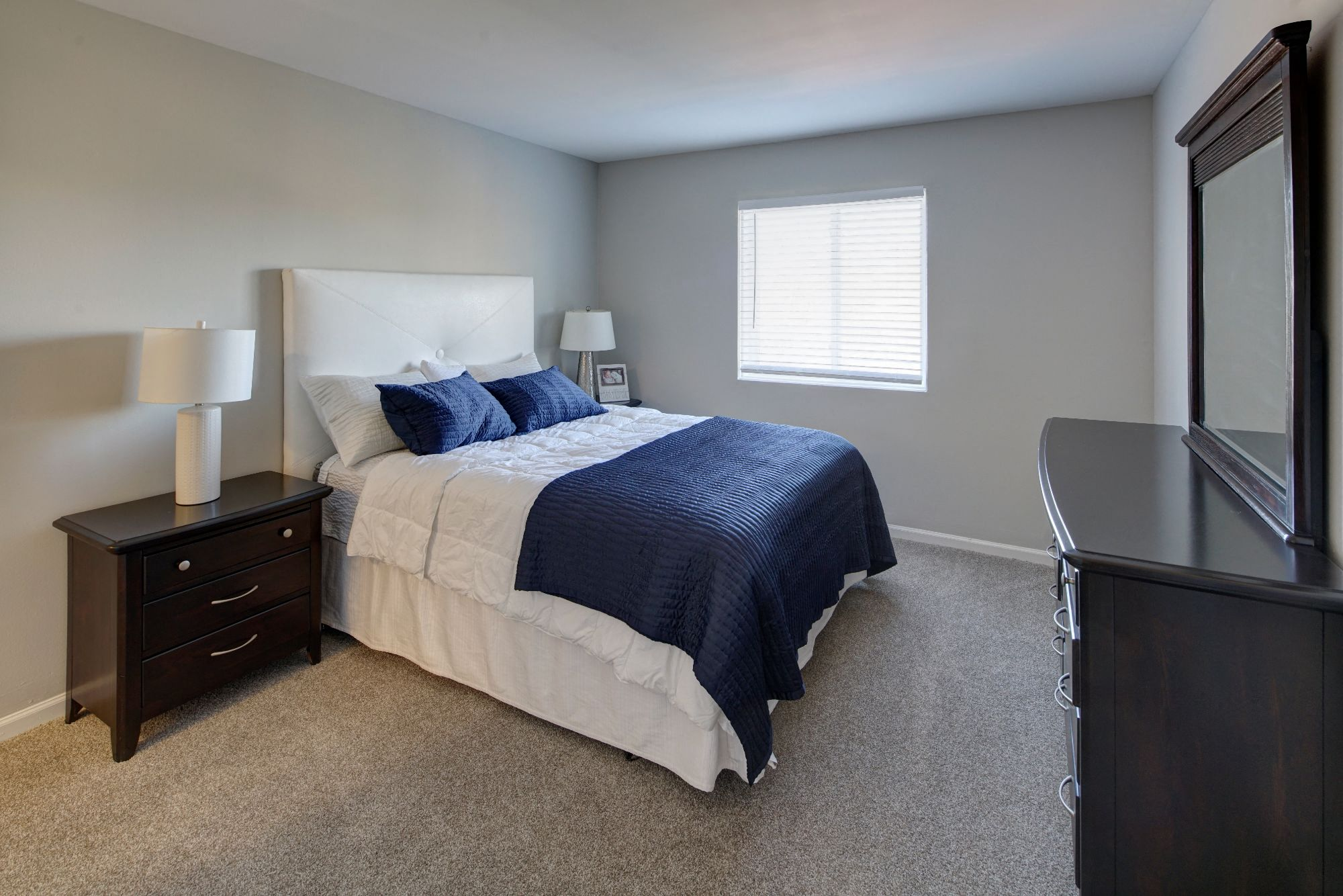 Spacious Bedroom With Comfortable Bed at Carol Stream Crossing, Illinois