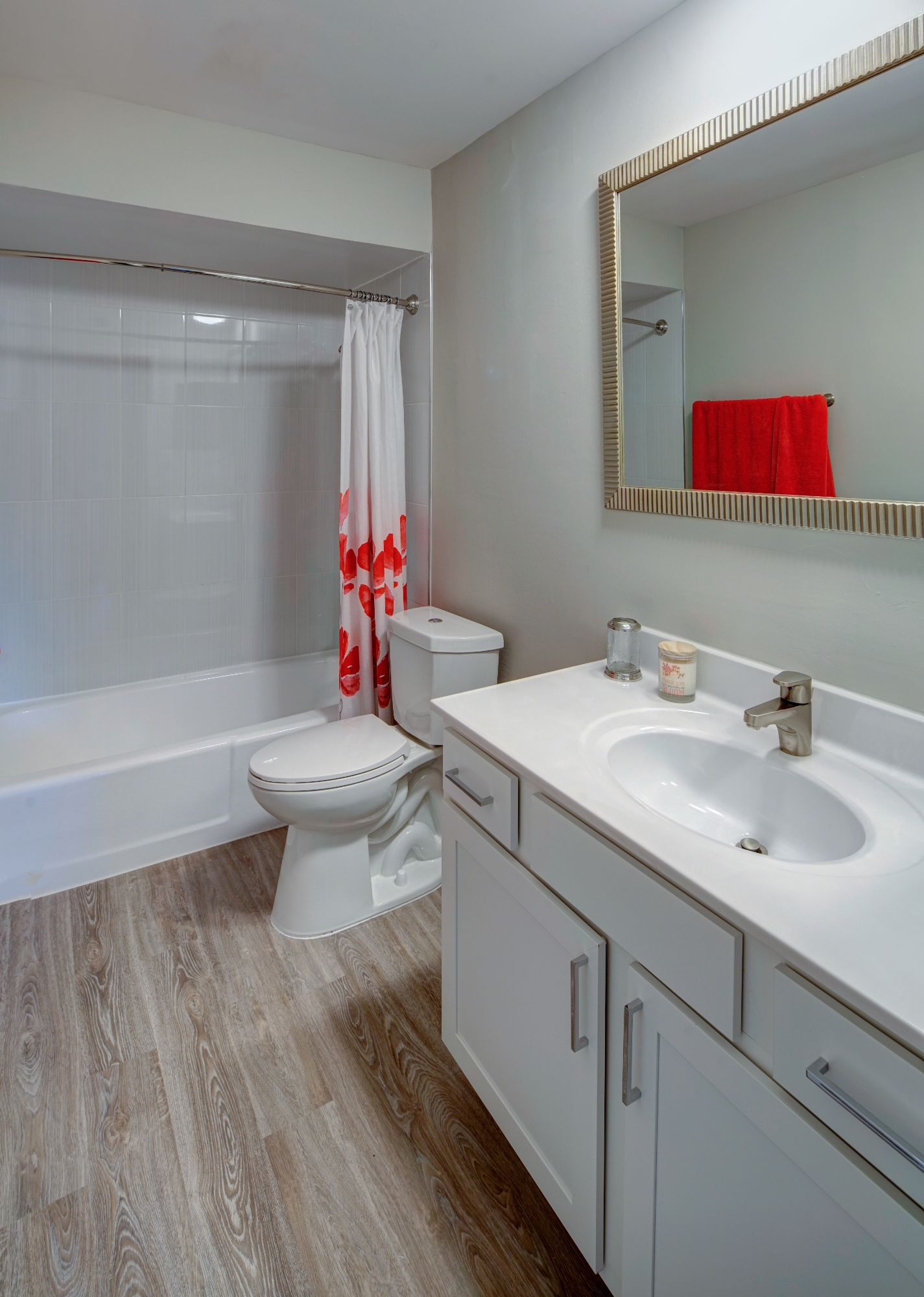 Spacious Bathrooms at Carol Stream Crossing, Illinois, 60188