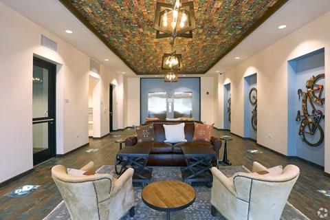Rogers Park Luxury Apartments