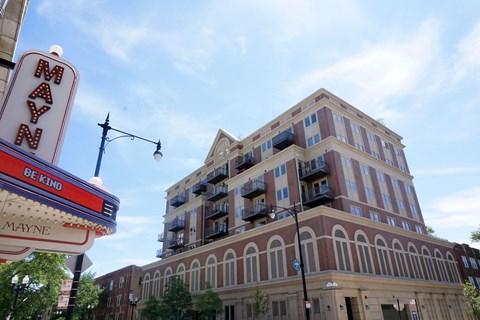 Apartments near  Loyola University