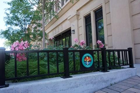 Pet-friendly Chicago Apartments