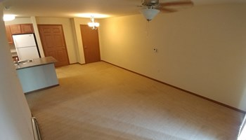 305 E Main St 1-2 Beds Apartment for Rent Photo Gallery 1