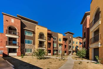 7375 N. Zanjero Blvd 1-3 Beds Apartment for Rent Photo Gallery 1