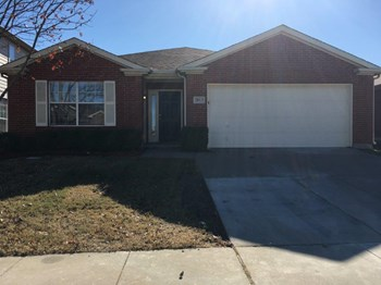2813 Stonewall Ln 4 Beds House for Rent Photo Gallery 1
