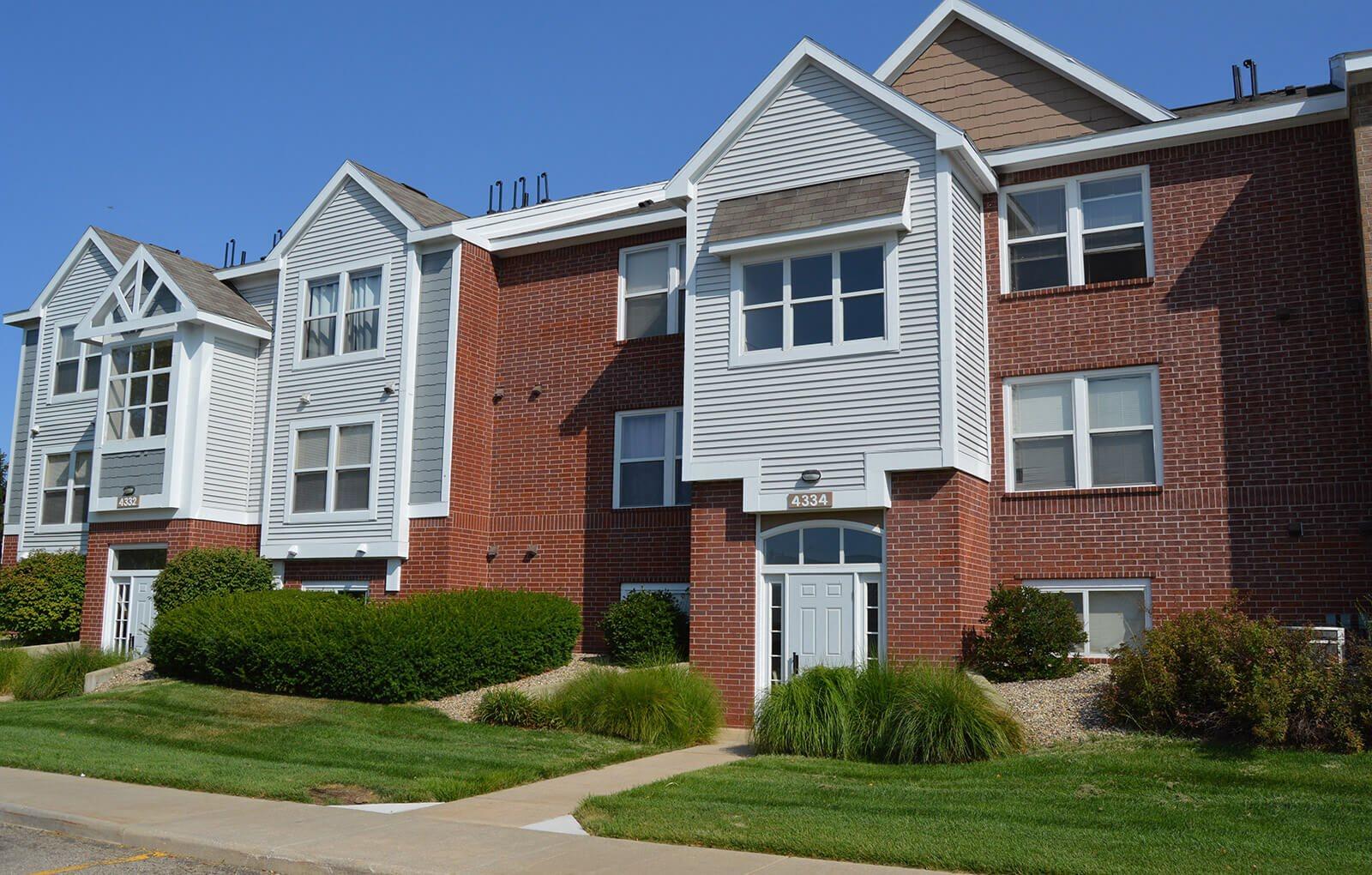 Exterior View of Apartments at Gull Prairie/Gull Run Apartments and Townhomes, Kalamazoo, 49048