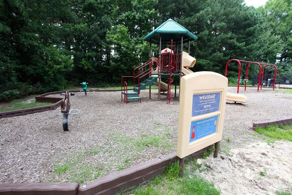 Forest Lake at Oyster Point Apartments Playground