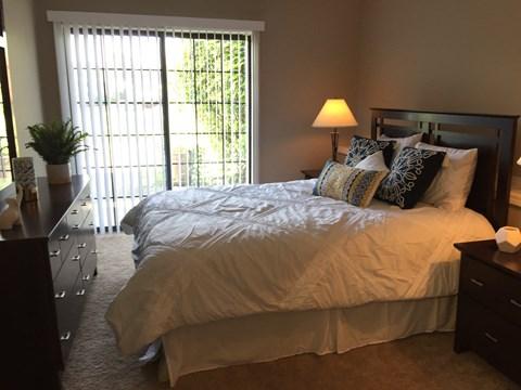 Georgetown Park Apartments Bedroom