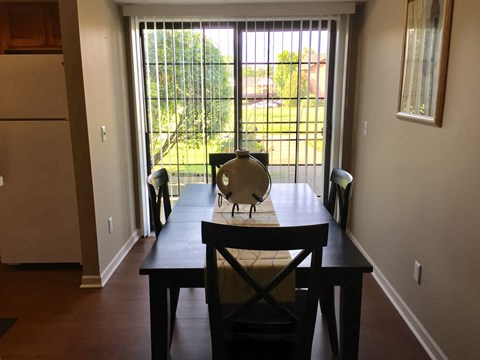 Georgetown Park Apartments Dining