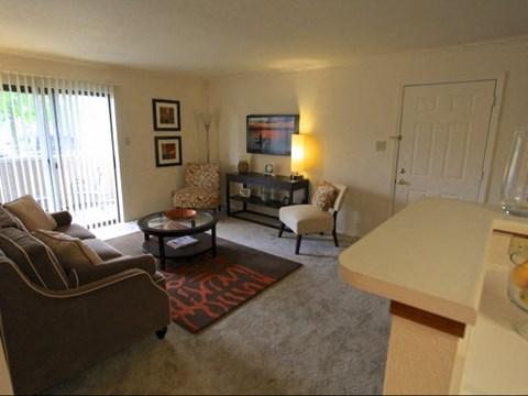 Remington Place Apartments Living