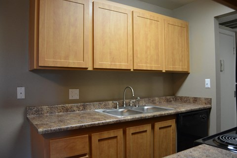Sundance West Apartments Reno NV Cupboards