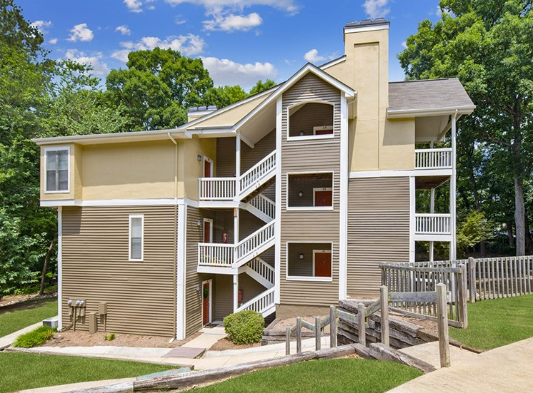 exterior at Sommerset Place Apartments in Raleigh NC