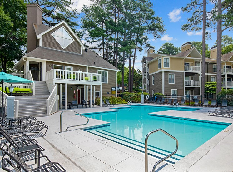 Pool at Sommerset Place Apartments in Raleigh NC