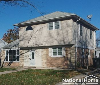 2148 Spruce Rd 4 Beds House for Rent Photo Gallery 1