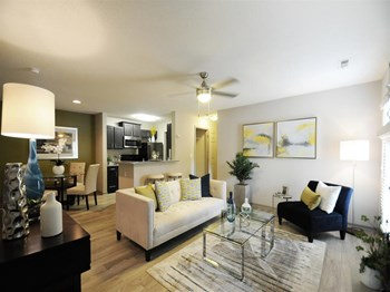 1232 E Hudson Blvd 1-3 Beds Apartment for Rent Photo Gallery 1