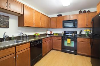 100 Avalon Drive 2-3 Beds Apartment for Rent Photo Gallery 1
