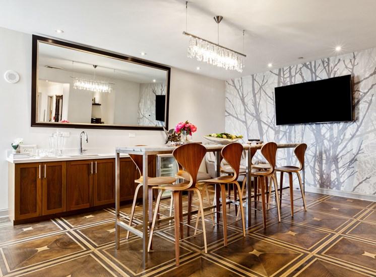 11th Floor Lounge