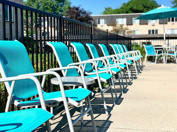 Outdoor Poolside Lounge at The Shores of Roosevelt Park Apartments in Muskegon MI