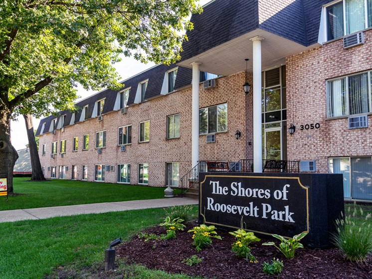 Shores of Roosevelt Park Apartments in Muskegon MI