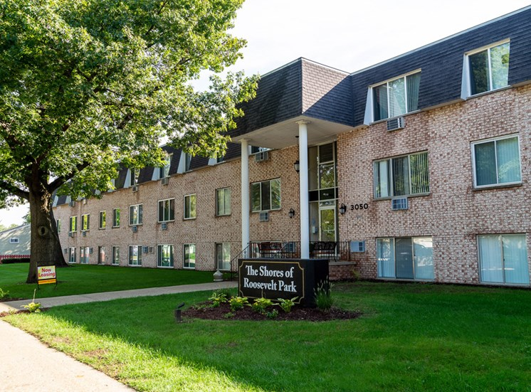 Shores of Roosevelt Park Apartments Muskegon MI