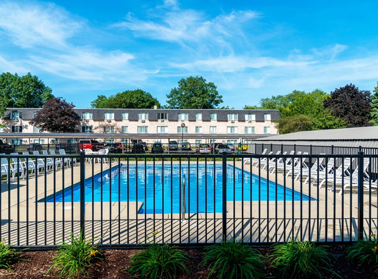 Sundeck and Outdoor Pool Apartments Muskegon MI