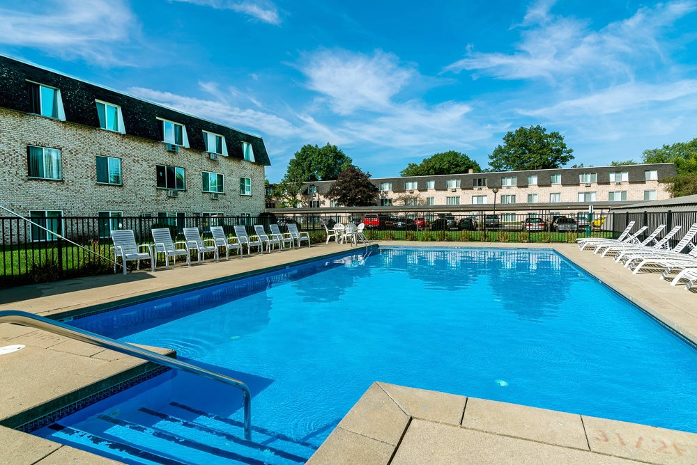 Outdoor Pool Amenities Apartments Muskegon MI