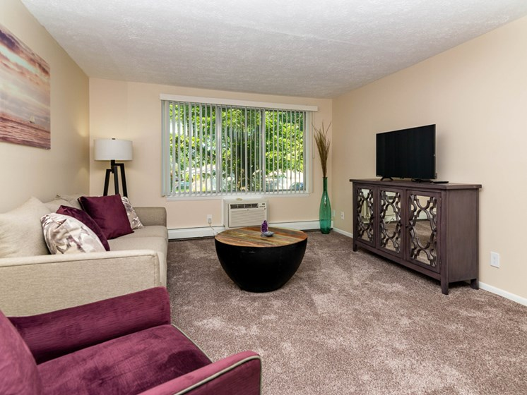 Spacious Floor Plans at the Shores of Roosevelt Park Apartments in Muskegon MI