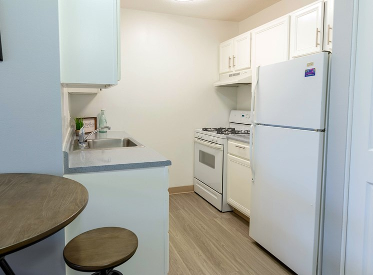 Bright Updated Kitchens Apartments Muskegon MI