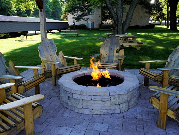 Fire Pit at Shores of Roosevelt Park Apartments in Muskegon MI