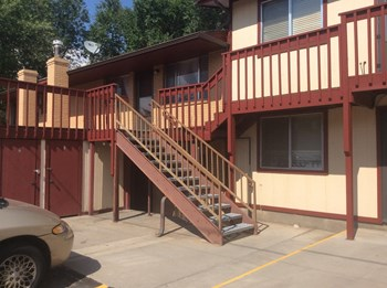 368 Independent Avenue 2 Beds Apartment for Rent Photo Gallery 1