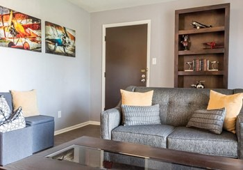 11185 Oak Parkway Lane 1-3 Beds Apartment for Rent Photo Gallery 1
