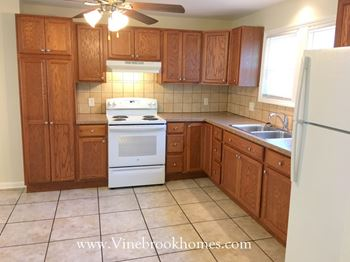 226 Drexel Ave 3 Beds House for Rent Photo Gallery 1